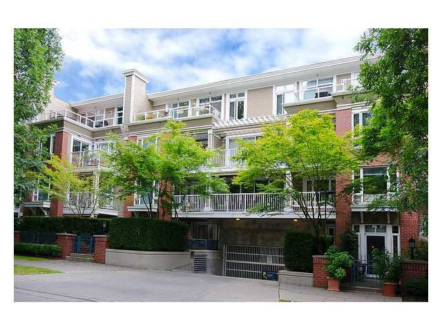 "Main Photo: 309 2628 YEW Street in Vancouver: Kitsilano Condo for sale in ""Connaught Place"" (Vancouver West)  : MLS®# V1022787"