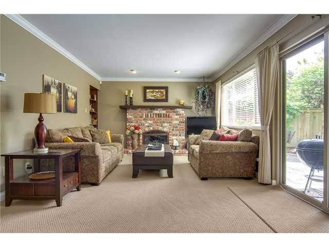 Photo 5: Photos: 5637 Sandiford Pl Place in Richmond: House for sale : MLS®# v064541