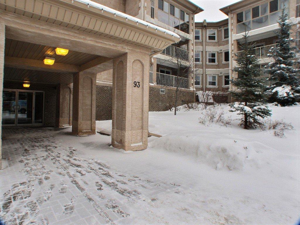 Main Photo: 107 93 Swindon Way in Winnipeg: Tuxedo Condominium for sale (South Winnipeg)  : MLS®# 1602172