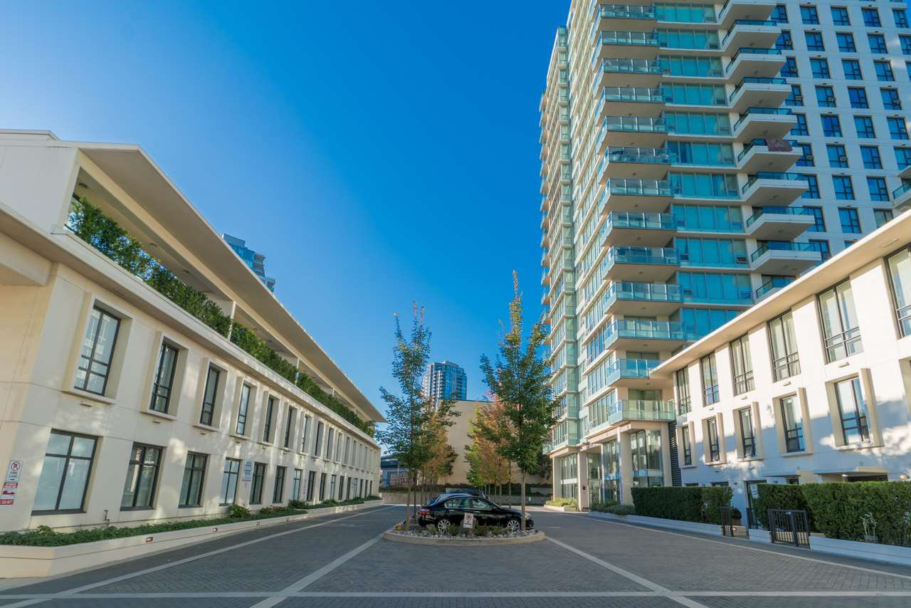 Main Photo: 2103 2232 DOUGLAS ROAD in : Brentwood Park Condo for sale : MLS®# R2217013