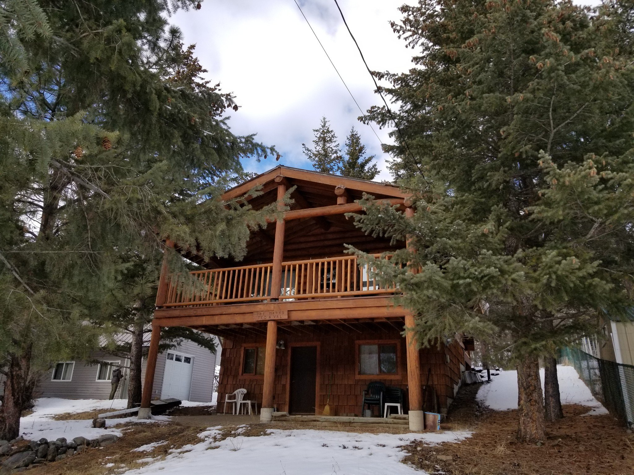 Main Photo: 3037 Stevens Road: Loon Lake House for sale (South West)  : MLS®# 150218