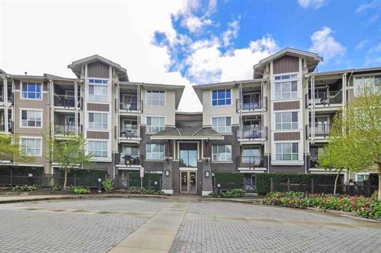 Main Photo: 118 5788 SIDLEY Street in Burnaby: Metrotown Condo for sale (Burnaby South)  : MLS®# R2413339