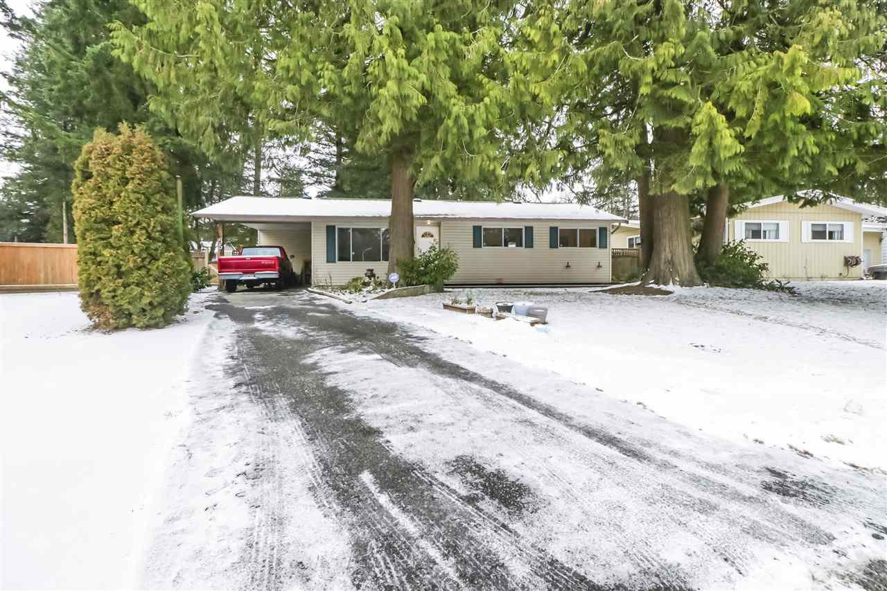 Main Photo: 4515 200A Street in Langley: Langley City House for sale : MLS®# R2428905
