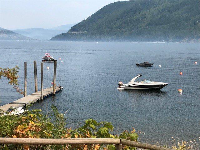 Photo 10: Photos: 1 6696 Sunnybrae Canoe Pt Road in Tappen: CANOE PT ORCHARD RV PARK House for sale : MLS®# 10164495