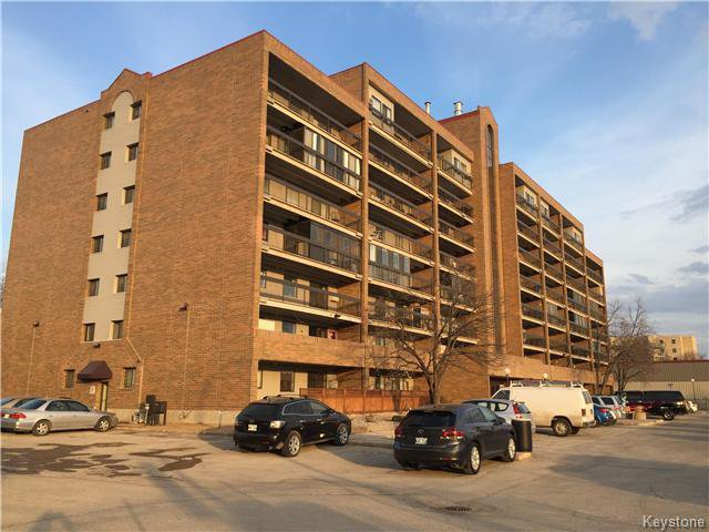Main Photo: 510 - 376 Osborne: Condominium for sale (1A)  : MLS®# 1708734