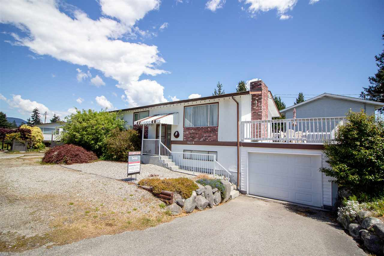 Main Photo: 5610 OCEAN Avenue in Sechelt: Sechelt District House for sale (Sunshine Coast)  : MLS®# R2398476