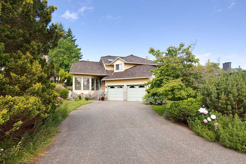 Main Photo: 1127 164A Street in Surrey: King George Corridor House for sale (South Surrey White Rock)  : MLS®# R2403055