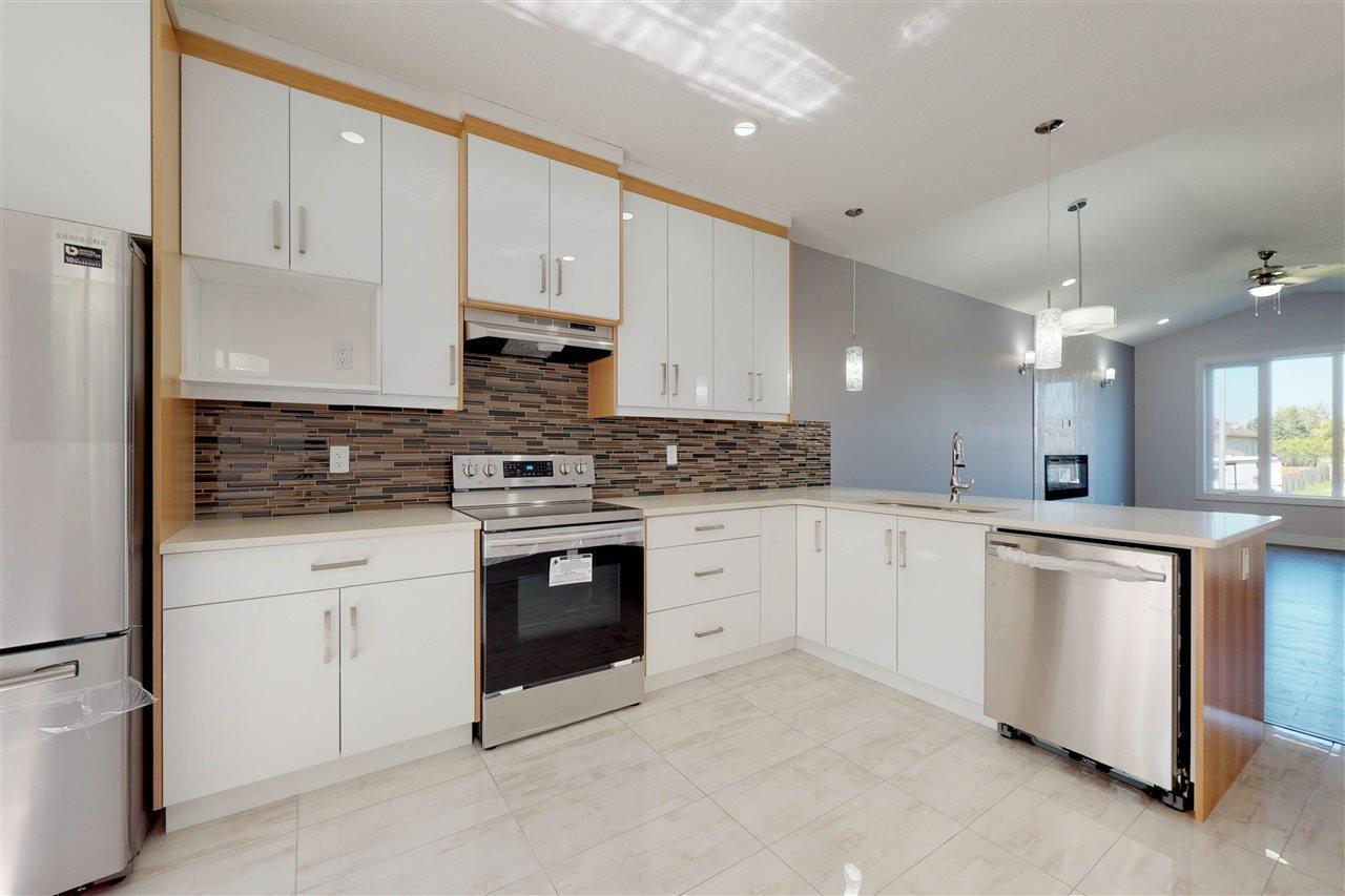 Main Photo: 5305 Bon Acres Crescent: Bon Accord House for sale : MLS®# E4186084