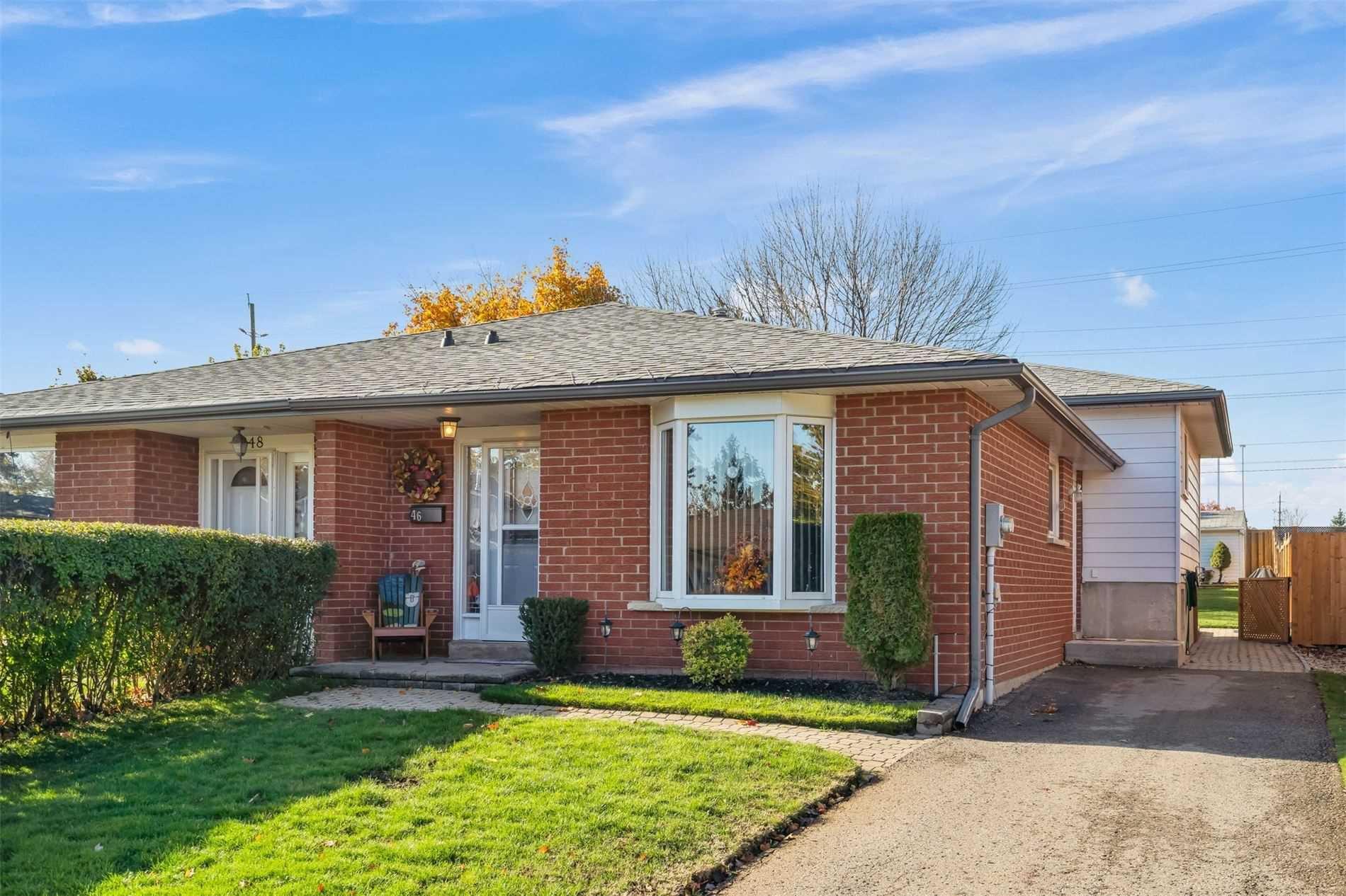 Main Photo: 46 Cannon Court: Orangeville House (Backsplit 3) for sale : MLS®# W4963597