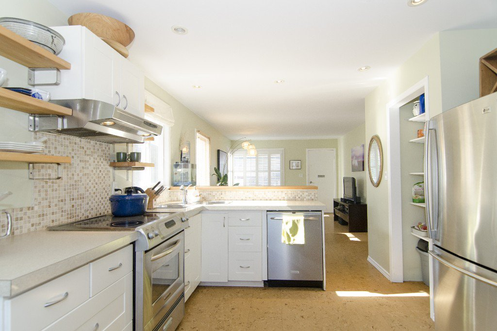 Photo 3: Photos: 820 Garden Dr. in Vancouver: Hastings House for sale (Vancouver East)