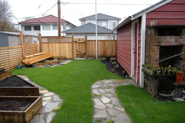 Photo 13: Photos: 820 Garden Dr. in Vancouver: Hastings House for sale (Vancouver East)