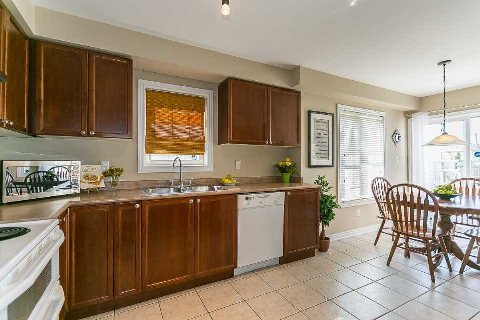 Photo 18: Photos: 26 Cranborne Crest in Whitby: Brooklin House (2-Storey) for sale : MLS®# E2990099