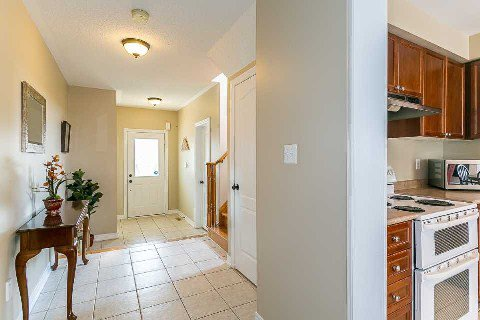 Photo 2: Photos: 26 Cranborne Crest in Whitby: Brooklin House (2-Storey) for sale : MLS®# E2990099