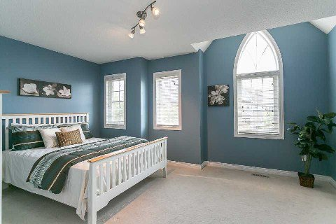 Photo 7: Photos: 26 Cranborne Crest in Whitby: Brooklin House (2-Storey) for sale : MLS®# E2990099