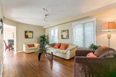 Photo 12: Photos: 26 Cranborne Crest in Whitby: Brooklin House (2-Storey) for sale : MLS®# E2990099
