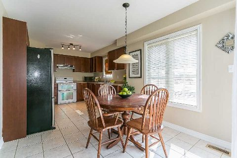 Photo 17: Photos: 26 Cranborne Crest in Whitby: Brooklin House (2-Storey) for sale : MLS®# E2990099