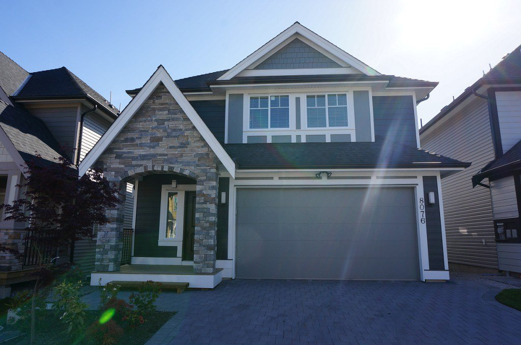 Main Photo: 8076 209a St. in Langley: Willoughby Heights House for sale : MLS®# F1428946