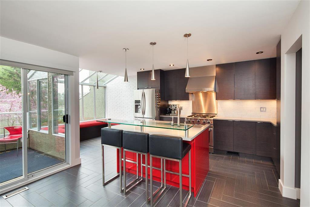 Photo 4: Photos: 8481 Quayside Court in Vancouver: Fraserview VE Townhouse for sale (Vancouver East)  : MLS®# R2057386
