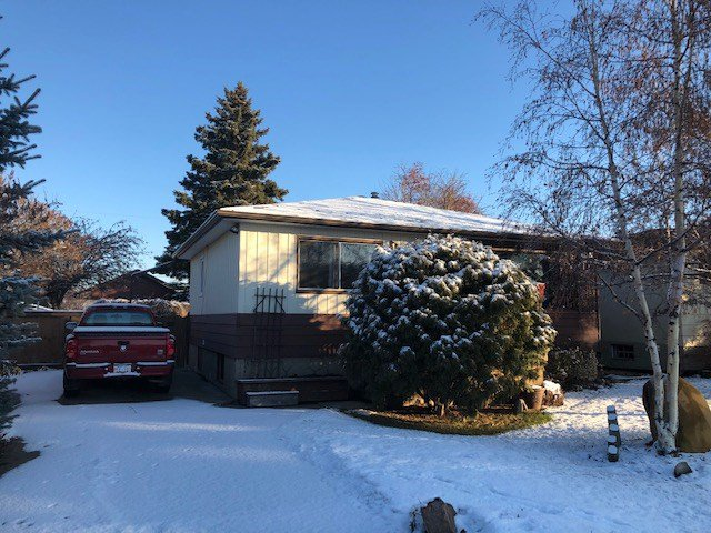 Main Photo: 10941 155 Street in Edmonton: Zone 21 House for sale : MLS®# E4180399