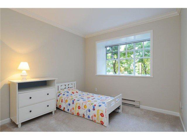 Photo 10: Photos: 107 5880 Hampton Place in Vancouver: University VW Condo  (Vancouver West)  : MLS®# V1055225
