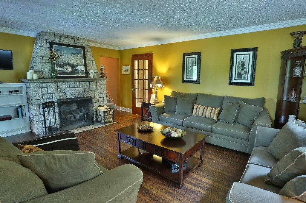 Main Photo: 4597 Roblin Boulevard in Winnipeg: Residential for sale : MLS®# 1619385