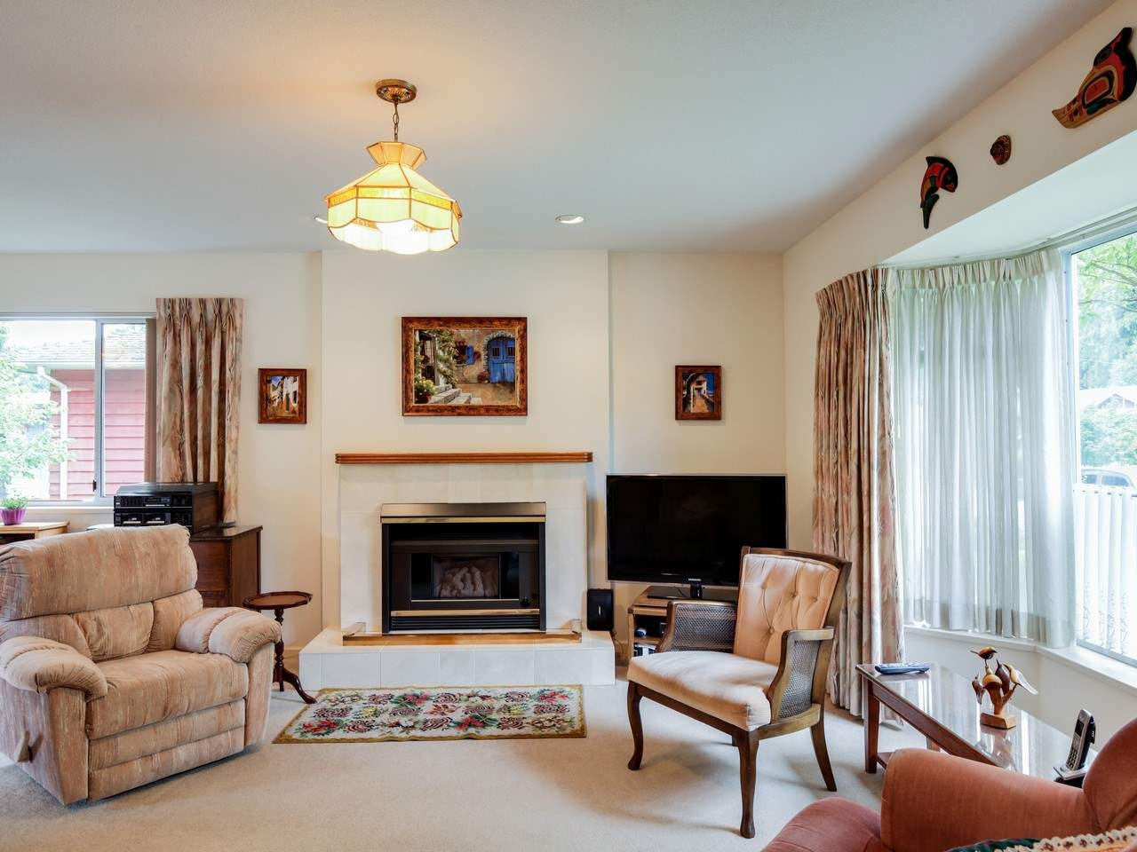 Photo 3: Photos: 4120 LYNN VALLEY ROAD in North Vancouver: Lynn Valley House for sale : MLS®# R2100168
