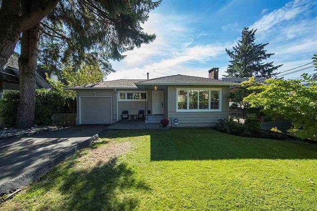 Main Photo: 2342 LAWSON AVENUE in WEST VANCOUVER: Dundarave House for sale (West Vancouver)  : MLS®# R2139123