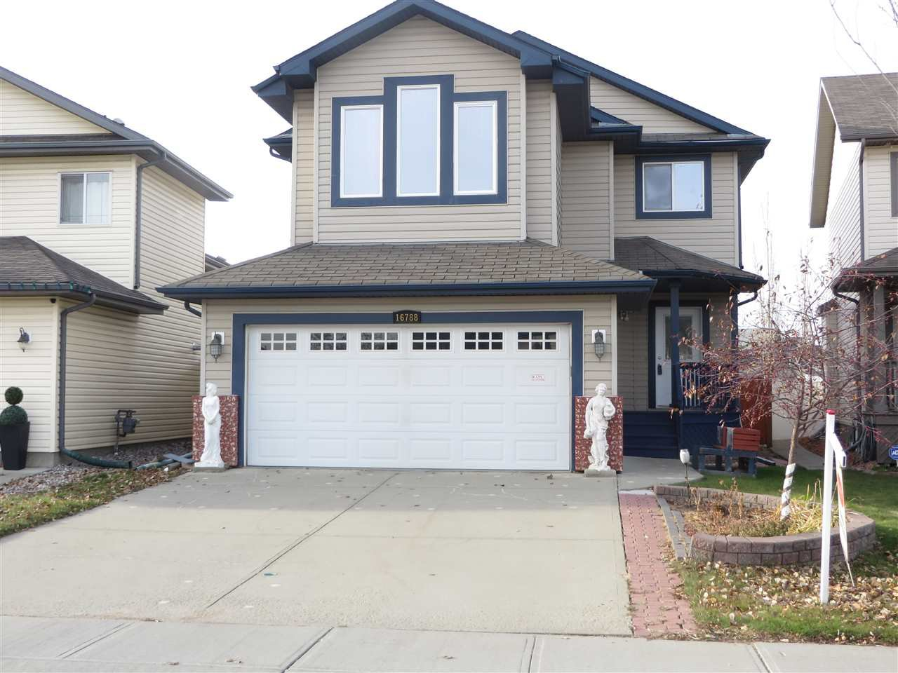 Main Photo: 16788 117 Street in Edmonton: Zone 27 House for sale : MLS®# E4178735