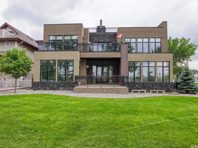 Main Photo: 8705 105 Street in Edmonton: Zone 15 House Half Duplex for sale : MLS®# E4196272