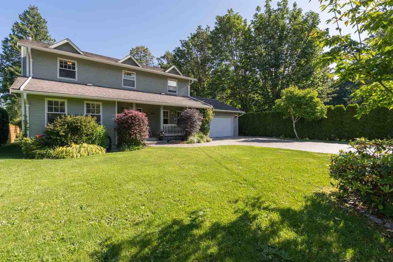 "Main Photo: 2191 READ Crescent in Squamish: Garibaldi Highlands House for sale in ""GARIBALDI ESTATES"" : MLS®# R2473735"