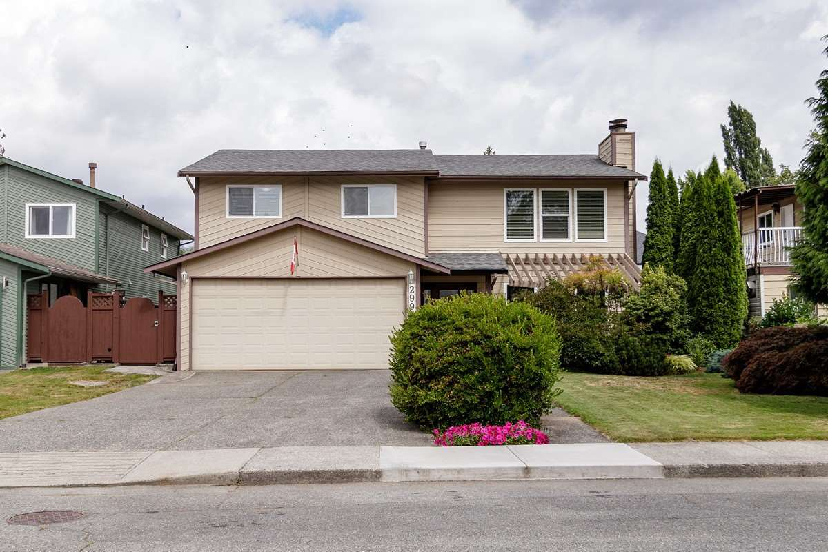 Main Photo: 2991 THACKER Avenue in Coquitlam: Meadow Brook House for sale : MLS®# R2487392