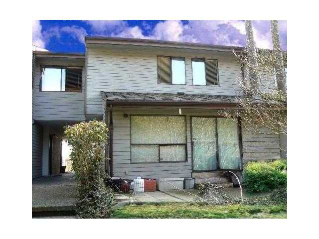 """Main Photo: 13 9151 FOREST GROVE Drive in Burnaby: Forest Hills BN Townhouse for sale in """"ROSSMORE"""" (Burnaby North)  : MLS®# V939816"""