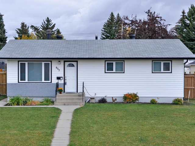 Main Photo: 637 AGATE Crescent SE in CALGARY: Acadia Residential Detached Single Family for sale (Calgary)  : MLS®# C3542328