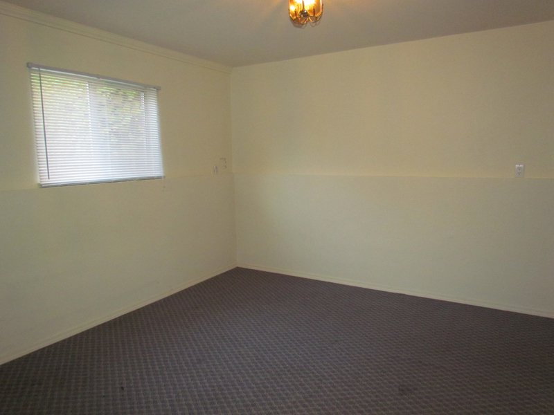 Photo 7: Photos: BSMT 32105 Elkford Dr. in Abbotsford: Abbotsford West Condo for rent