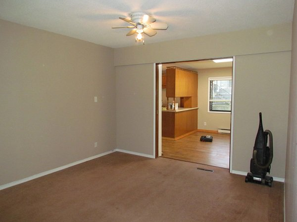 Photo 7: Photos: 32250 Pineview Avenue in Abbotsford: Central Abbotsford House for rent