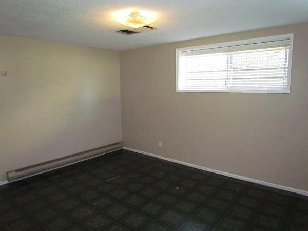 Photo 9: Photos: 32250 Pineview Avenue in Abbotsford: Central Abbotsford House for rent