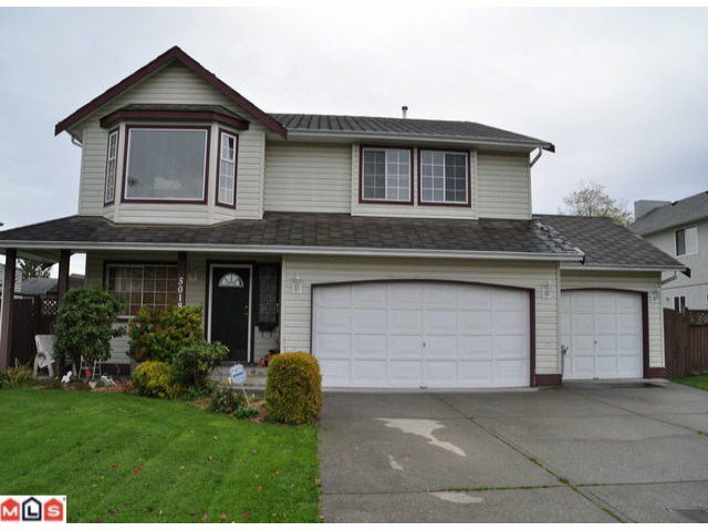 Photo 1: Photos: 5018 214A Street in : Murrayville House 1/2 Duplex for sale (Langley)  : MLS®# F1027607