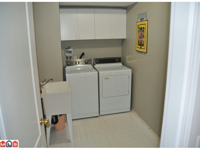 Photo 10: Photos: 5018 214A Street in : Murrayville House 1/2 Duplex for sale (Langley)  : MLS®# F1027607