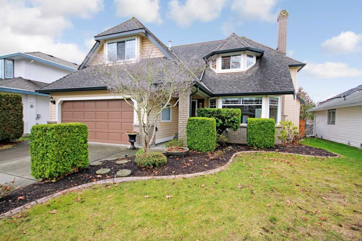 Main Photo: 12385 NORTHPARK CRESCENT in Surrey: Panorama Ridge House for sale : MLS®# R2334351