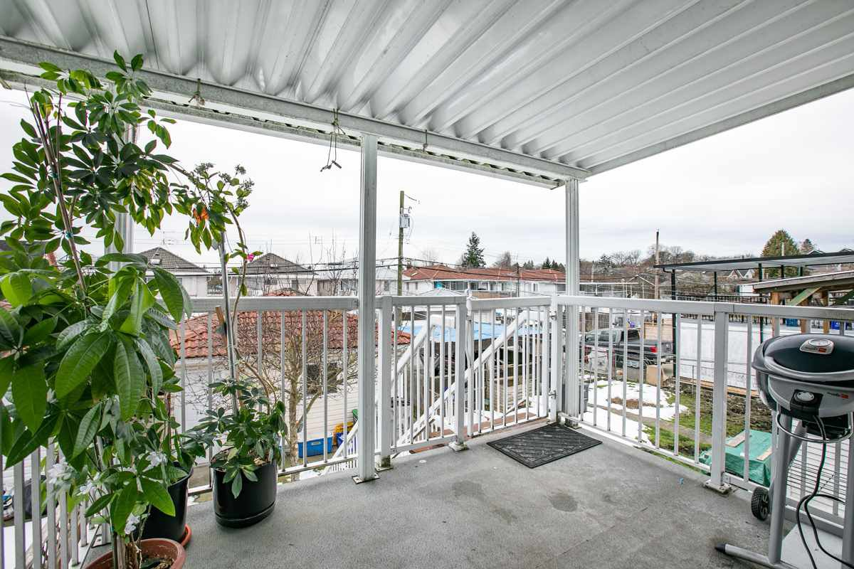 Photo 3: Photos: 532 E 21ST AVENUE in Vancouver: Fraser VE House for sale (Vancouver East)  : MLS®# R2346404