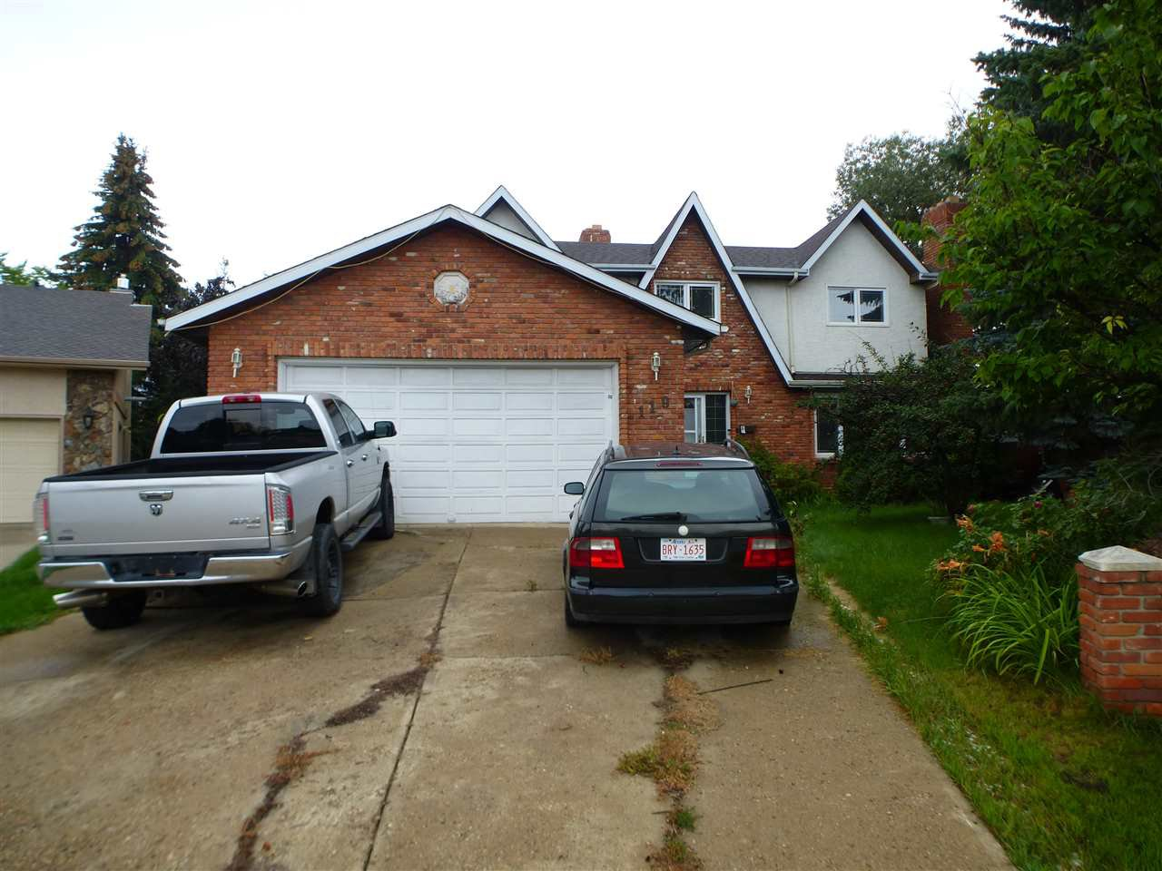Main Photo: 119 GRAND MEADOW Crescent in Edmonton: Zone 29 House for sale : MLS®# E4171321