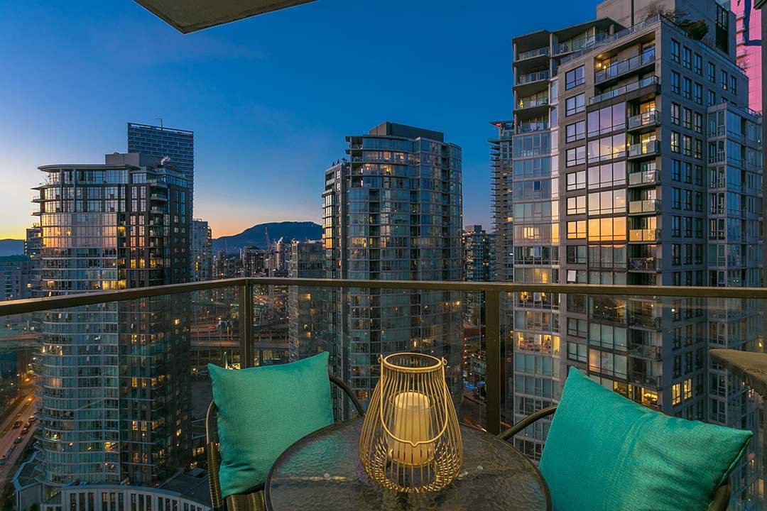 "Main Photo: 2906 455 BEACH Crescent in Vancouver: Yaletown Condo for sale in ""Park West"" (Vancouver West)  : MLS®# R2410734"