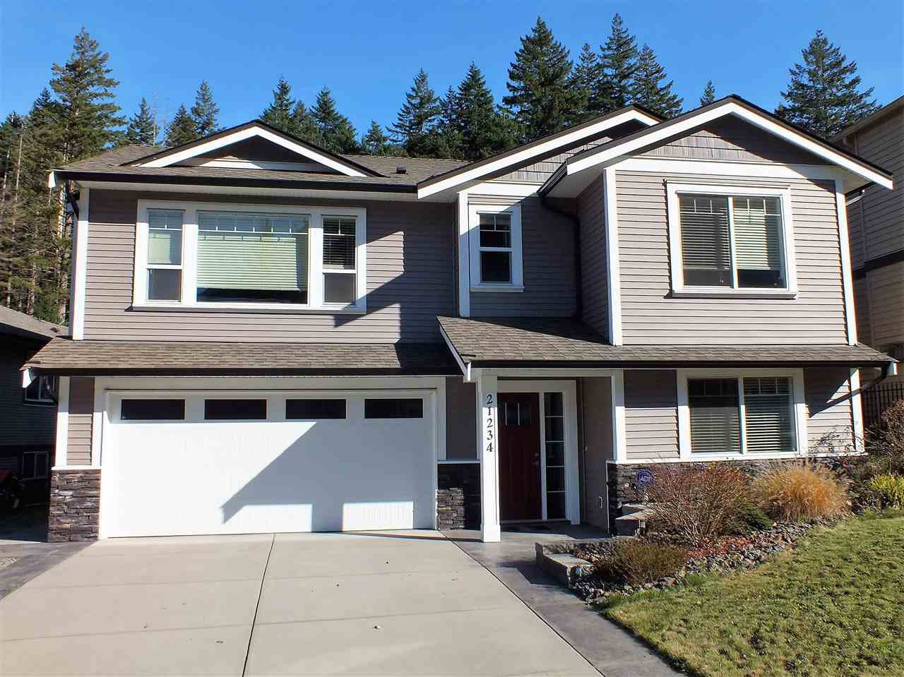 "Main Photo: 21234 KETTLE VALLEY Place in Hope: Hope Kawkawa Lake House for sale in ""KETTLE VALLEY LANDING"" : MLS®# R2416517"