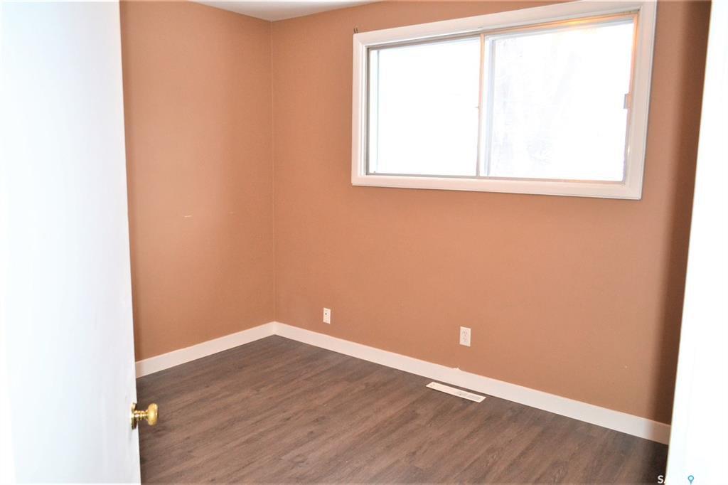 Photo 8: Photos: 1019 4th Street East in Saskatoon: Haultain Residential for sale : MLS®# SK797938