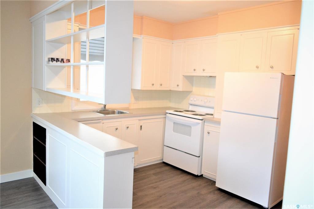 Photo 3: Photos: 1019 4th Street East in Saskatoon: Haultain Residential for sale : MLS®# SK797938