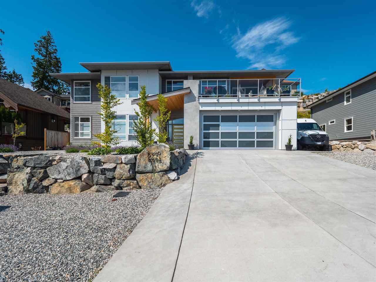 Main Photo: 5990 BARNACLE Street in Sechelt: Sechelt District House for sale (Sunshine Coast)  : MLS®# R2473923