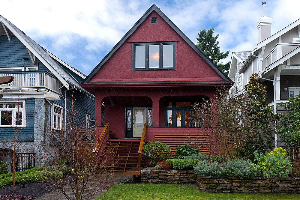 Main Photo: 3256 W 2ND Avenue in Vancouver: Kitsilano House for sale (Vancouver West)  : MLS®# V934063
