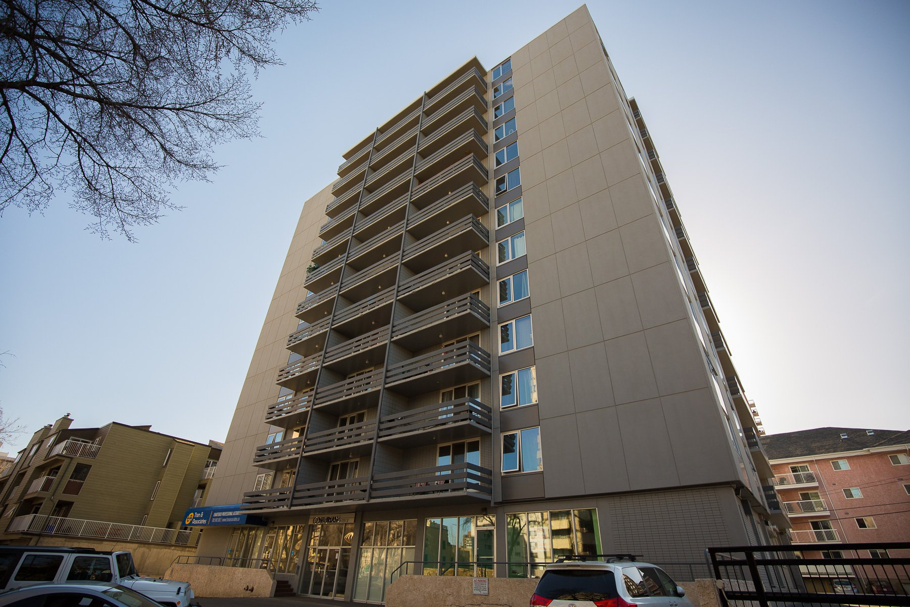 Main Photo: 1003 10160 116 Street NW in Edmonton: Oliver Condo for sale : MLS®# E4152256