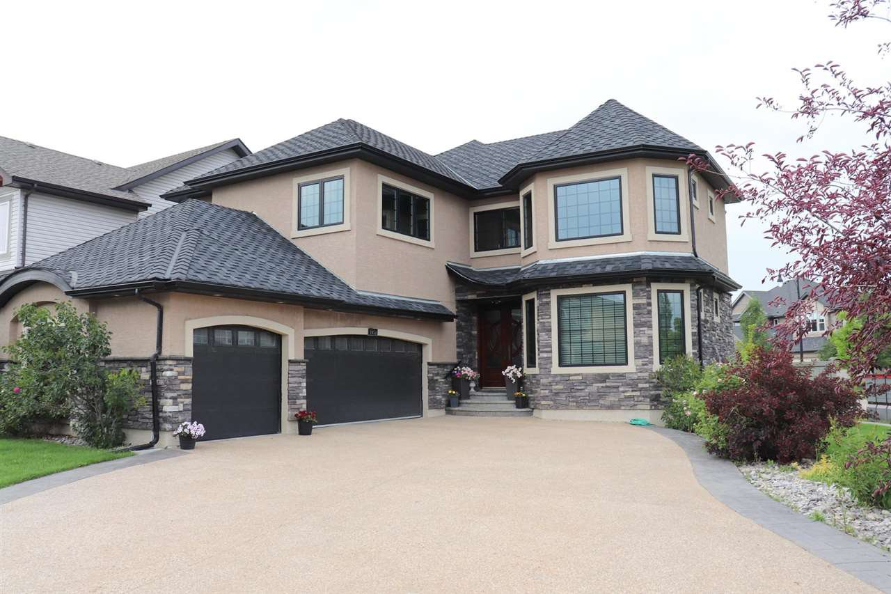 Main Photo: 1054 CONNELLY Way in Edmonton: Zone 55 House for sale : MLS®# E4170779