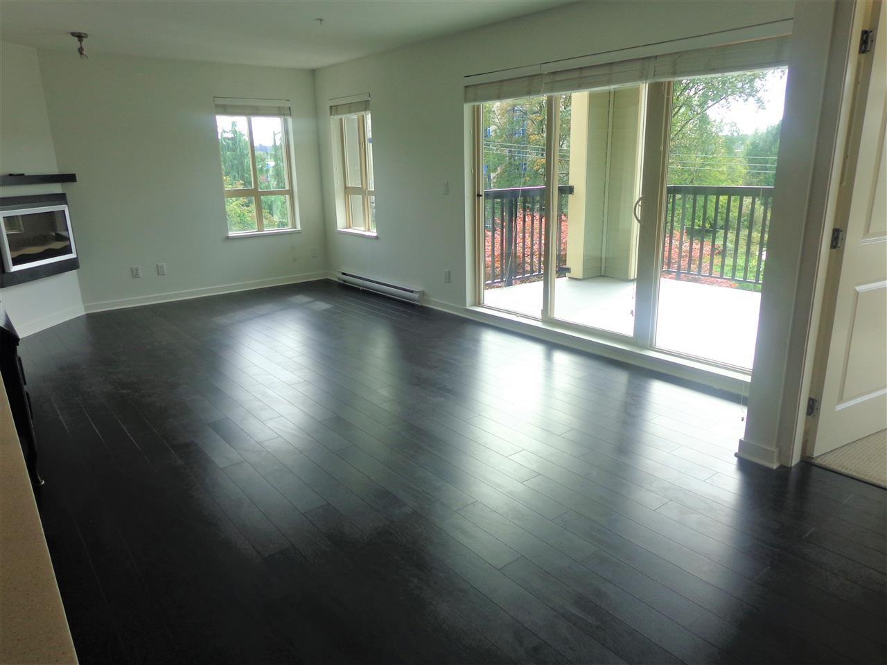 "Photo 7: Photos: 321 21009 56 Avenue in Langley: Salmon River Condo for sale in ""CORNERSTONE"" : MLS®# R2409598"